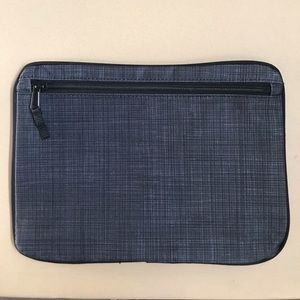 Thirty-One Grey Zipper Pouch